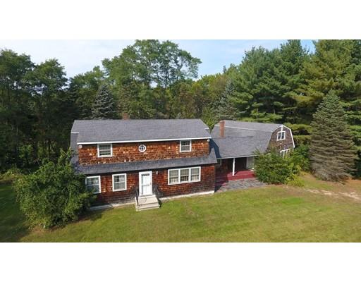 Частный односемейный дом для того Продажа на 37 Dwinnell Street 37 Dwinnell Street Groveland, Массачусетс 01834 Соединенные Штаты