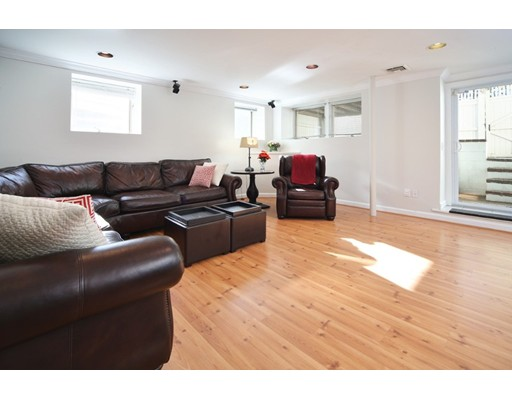 Condominium for Sale at 30 Washington Street 30 Washington Street Boston, Massachusetts 02129 United States