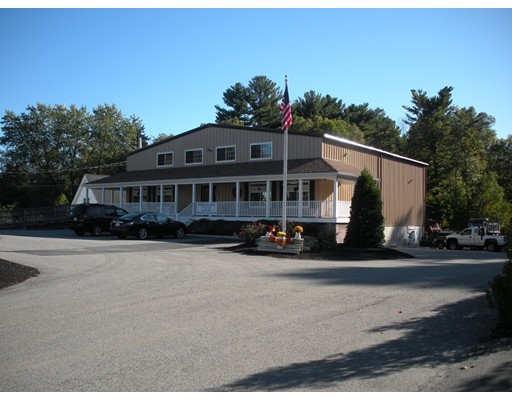 Comercial por un Alquiler en 35 School Street 35 School Street Pembroke, Massachusetts 02327 Estados Unidos