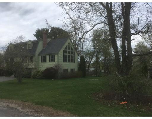 واحد منزل الأسرة للـ Sale في 69 Lois Street 69 Lois Street Haverhill, Massachusetts 01830 United States