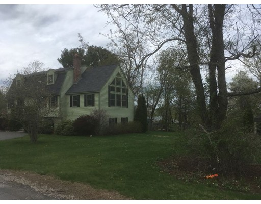 Additional photo for property listing at 69 Lois Street 69 Lois Street Haverhill, Massachusetts 01830 États-Unis