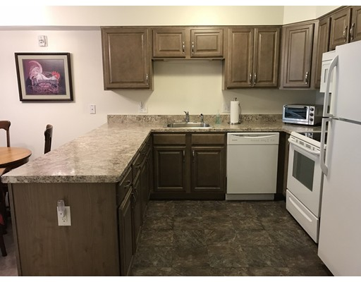 Condominium for Sale at 27 Greenleaves 27 Greenleaves Amherst, Massachusetts 01002 United States