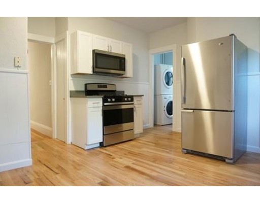 Additional photo for property listing at 5 Albion  Somerville, Massachusetts 02145 Estados Unidos
