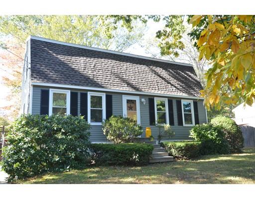 Частный односемейный дом для того Продажа на 31 Portsmouth Road 31 Portsmouth Road Amesbury, Массачусетс 01913 Соединенные Штаты