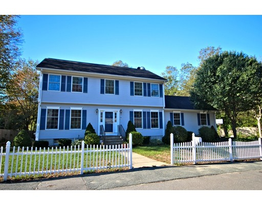 Single Family Home for Sale at 28 Manor Road 28 Manor Road Holbrook, Massachusetts 02343 United States