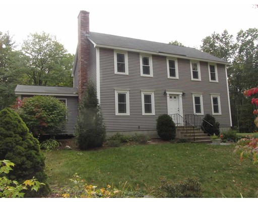 Single Family Home for Sale at 4 Wimbledon Drive 4 Wimbledon Drive Londonderry, New Hampshire 03053 United States