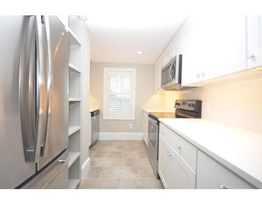 Maison accolée pour l à louer à 62 Lime Street #A 62 Lime Street #A Newburyport, Massachusetts 01950 États-Unis