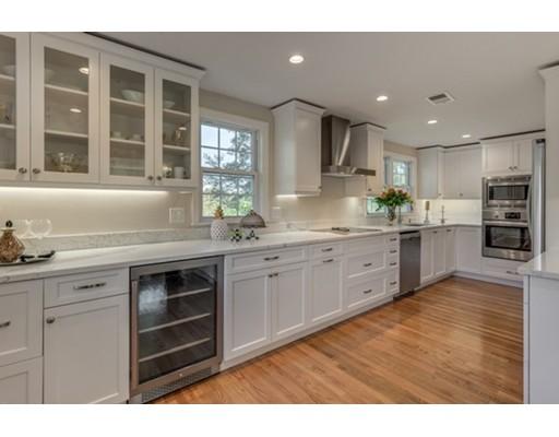 Single Family Home for Sale at 8 Liana Street 8 Liana Street Woburn, Massachusetts 01801 United States