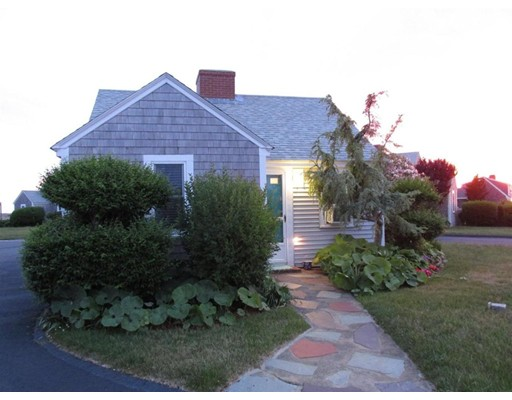 Single Family Home for Sale at 618 Shore Road 618 Shore Road Truro, Massachusetts 02652 United States