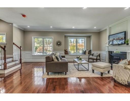 Casa Unifamiliar por un Venta en 359 Bishop Street 359 Bishop Street Framingham, Massachusetts 01702 Estados Unidos