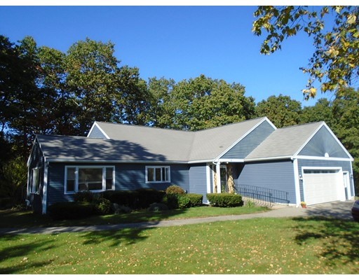 Single Family Home for Sale at 18 Paulornette Circle 18 Paulornette Circle Andover, Massachusetts 01810 United States