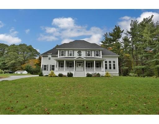 Casa Unifamiliar por un Venta en 346 Essex Street 346 Essex Street Lynnfield, Massachusetts 01940 Estados Unidos