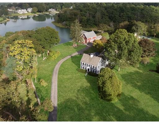 Maison unifamiliale pour l Vente à 70 Black Horse Lane 70 Black Horse Lane Cohasset, Massachusetts 02025 États-Unis