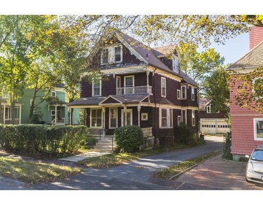 独户住宅 为 销售 在 99 Claremont Avenue 99 Claremont Avenue 阿灵顿, 马萨诸塞州 02476 美国