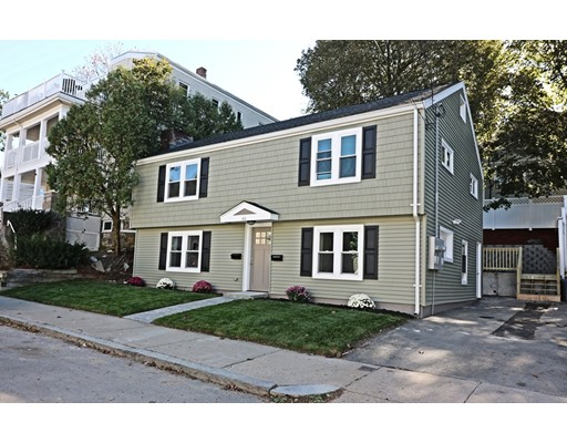 多户住宅 为 销售 在 43 Sagamore Avenue 43 Sagamore Avenue 温思罗普, 马萨诸塞州 02152 美国
