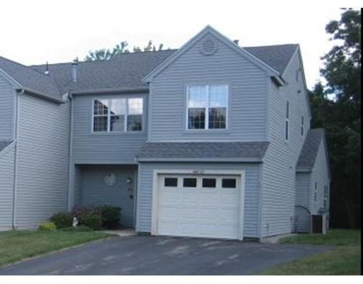 Appartement en copropriété pour l Vente à 610 Ridgefield Circle 610 Ridgefield Circle Clinton, Massachusetts 01510 États-Unis