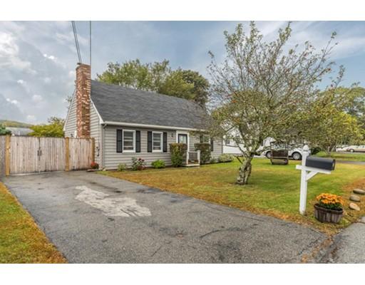 Maison unifamiliale pour l Vente à 5 Blossom Lane 5 Blossom Lane Gloucester, Massachusetts 01930 États-Unis