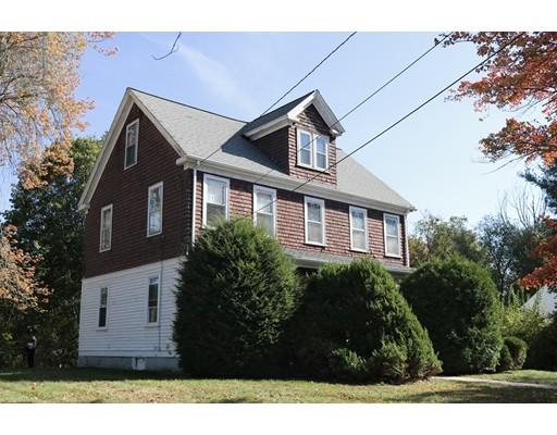 Casa Unifamiliar por un Venta en 46 Village Street 46 Village Street Medway, Massachusetts 02053 Estados Unidos