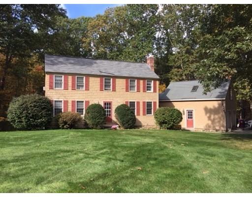 独户住宅 为 销售 在 38 Virginia Road 38 Virginia Road Tyngsborough, 马萨诸塞州 01879 美国