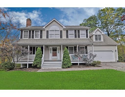 Maison unifamiliale pour l Vente à 19 Acorn Street 19 Acorn Street Bellingham, Massachusetts 02019 États-Unis
