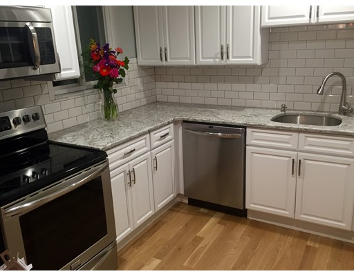 Additional photo for property listing at 10 Orleans Street  Boston, Massachusetts 02128 Estados Unidos