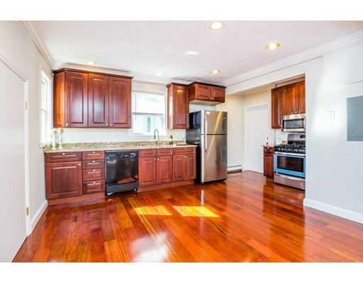 Additional photo for property listing at 7 Blackwell  Boston, Massachusetts 02122 Estados Unidos