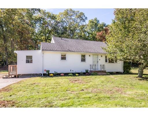 Maison unifamiliale pour l Vente à 48 Thatcher Street 48 Thatcher Street East Bridgewater, Massachusetts 02333 États-Unis