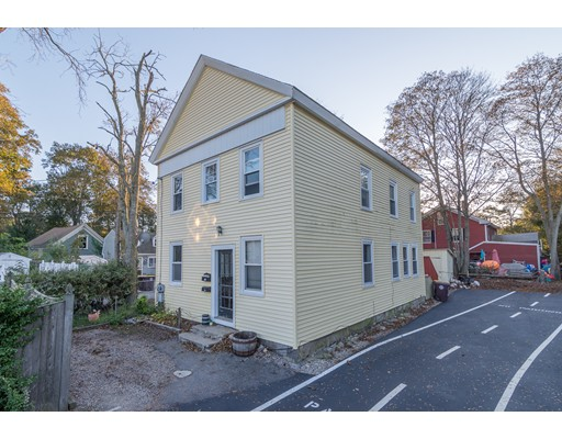 Casa Multifamiliar por un Venta en 9 Glines Avenue Weymouth, Massachusetts 02188 Estados Unidos