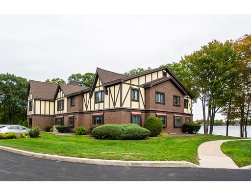 共管式独立产权公寓 为 销售 在 18 Royal Lake Drive Braintree, 02184 美国