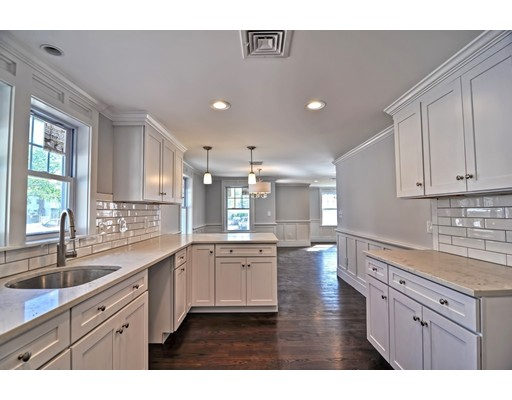 Single Family Home for Sale at 42 CHURCHILL PLACE 42 CHURCHILL PLACE Dedham, Massachusetts 02026 United States
