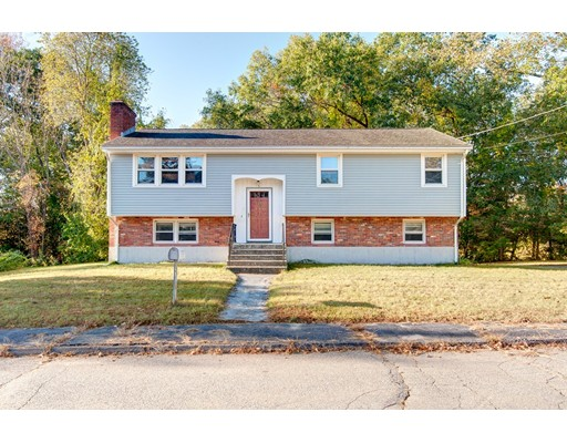 Частный односемейный дом для того Продажа на 6 Nancy Drive 6 Nancy Drive Auburn, Массачусетс 01501 Соединенные Штаты
