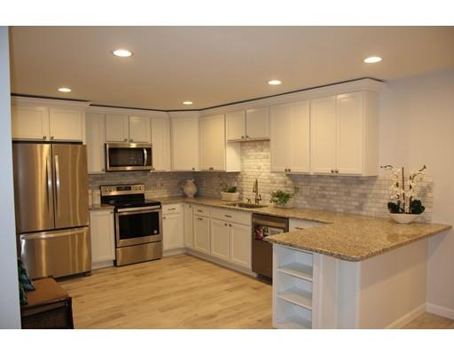 独户住宅 为 销售 在 302 Main Street 302 Main Street Holden, 马萨诸塞州 01520 美国