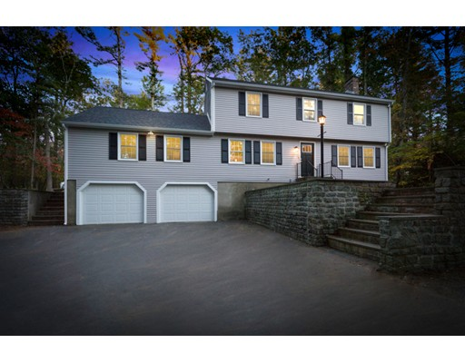 Casa Unifamiliar por un Venta en 40 Curtis Road 40 Curtis Road Boxford, Massachusetts 01921 Estados Unidos