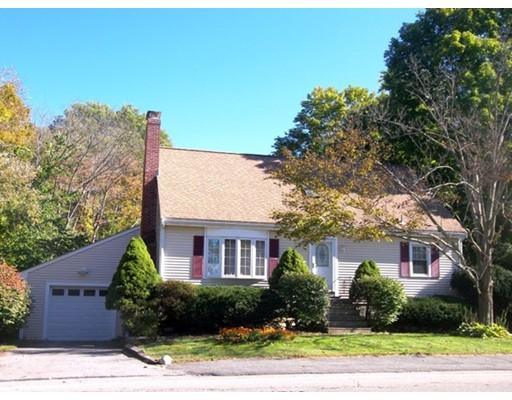 Casa para uma família para Venda às 28 Bishop Street 28 Bishop Street Natick, Massachusetts 01760 Estados Unidos