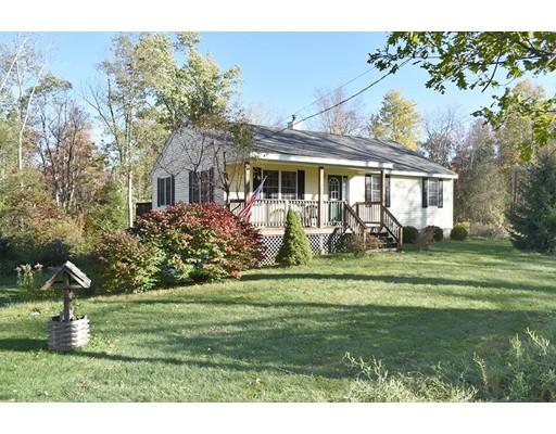 واحد منزل الأسرة للـ Sale في 265 Jewett Road 265 Jewett Road Barre, Massachusetts 01005 United States
