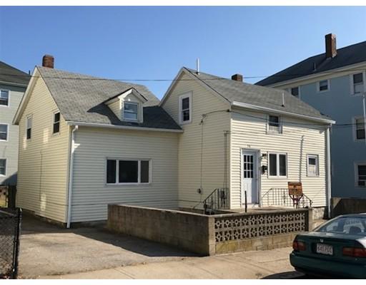 واحد منزل الأسرة للـ Sale في 56 Gagnon Street 56 Gagnon Street Fall River, Massachusetts 02723 United States