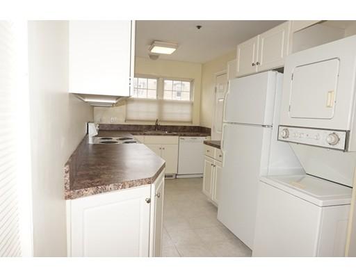 共管式独立产权公寓 为 销售 在 10 Elm Street 10 Elm Street 弗雷明汉, 马萨诸塞州 01701 美国