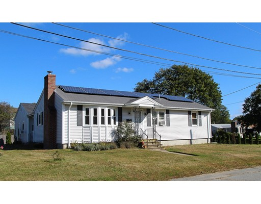 Single Family Home for Sale at 54 Central Avenue Warren, Rhode Island 02885 United States