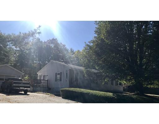 واحد منزل الأسرة للـ Sale في 204 Groton Street 204 Groton Street Dunstable, Massachusetts 01827 United States