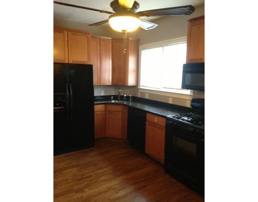 Casa Unifamiliar por un Alquiler en 67 Hopedale Street Boston, Massachusetts 02134 Estados Unidos