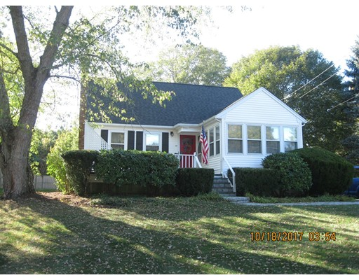 独户住宅 为 销售 在 93 Willow Street 93 Willow Street Mansfield, 马萨诸塞州 02048 美国