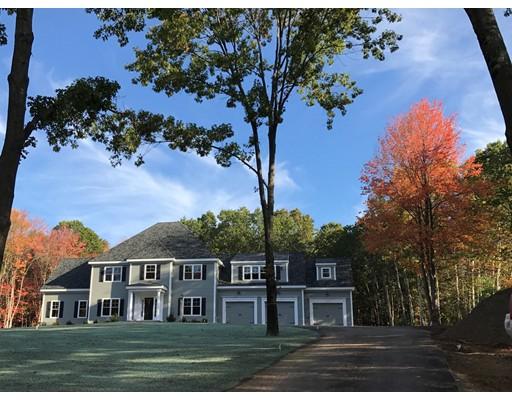 Casa Unifamiliar por un Venta en 15 Hubbard Lane 15 Hubbard Lane Bolton, Massachusetts 01740 Estados Unidos
