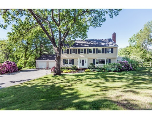Single Family Home for Sale at 8 Sunset Rock Road 8 Sunset Rock Road Andover, Massachusetts 01810 United States