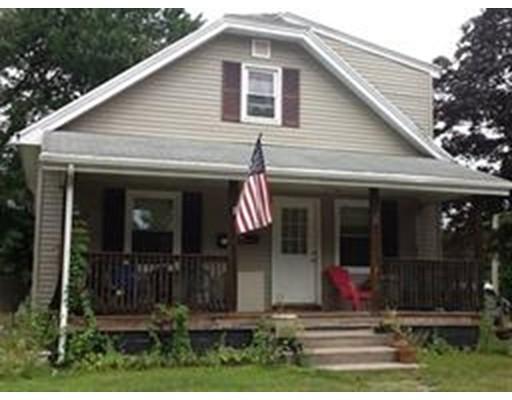 独户住宅 为 销售 在 21 Woodland Avenue 21 Woodland Avenue Chicopee, 马萨诸塞州 01020 美国