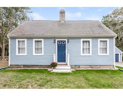 Casa Unifamiliar por un Venta en 1062 Pleasant Street 1062 Pleasant Street Bridgewater, Massachusetts 02324 Estados Unidos