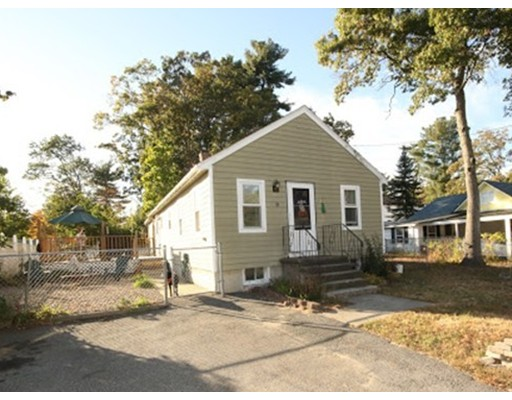 独户住宅 为 销售 在 9 Fernwood Road 9 Fernwood Road Billerica, 马萨诸塞州 01821 美国