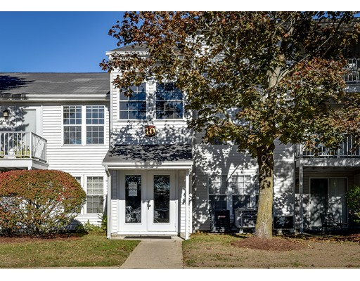 Condomínio para Venda às 10 Walden Drive 10 Walden Drive Natick, Massachusetts 01760 Estados Unidos
