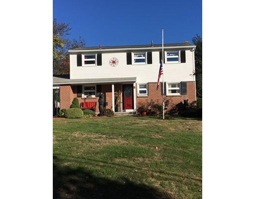 واحد منزل الأسرة للـ Sale في 81 Bemis Road 81 Bemis Road Holyoke, Massachusetts 01040 United States