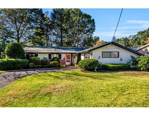Casa Unifamiliar por un Venta en 40 Brownlea Road 40 Brownlea Road Framingham, Massachusetts 01701 Estados Unidos