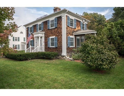 Single Family Home for Sale at 5 Arundel Street 5 Arundel Street Andover, Massachusetts 01810 United States